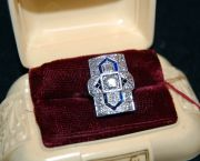 Platinum Art Deco Ring - Muzzie's Fine Jewelry & Gifts