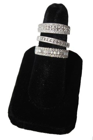 Muzzie's Fine Jewelry & Gifts, Various Diamond Ring Styles