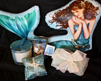 Muzzie's Fine Jewelry & Gifts, Ocean Air Frangrance Collection