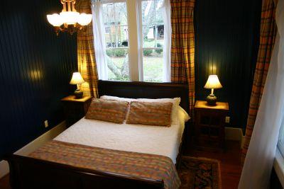 Creef room at Cameron House Inn