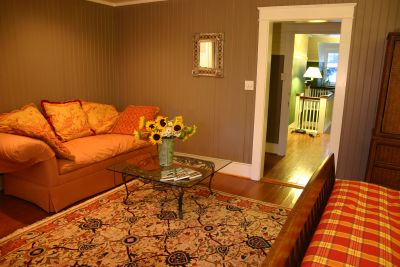 Kingfisher room at Cameron House Inn