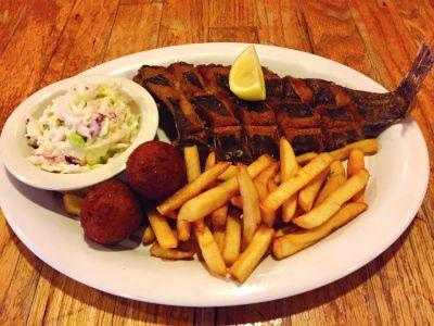 Darrell's Seafood Restaurant Manteo photo