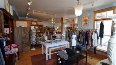 Island Shop in Manteo, NC on Roanoke Island