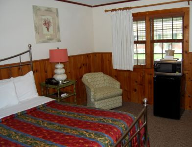 The Dare Haven Motel on the Outer Banks photo