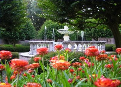 View of the sunken garden fountain in The Elizabethan Gardens in Manteo, NC